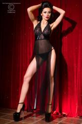 CHILIROSE: long chemise with string. Black